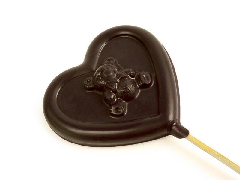 Šokoladinė širdelė su meškučiu ant pagaliuko 40g.